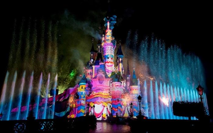 Le Spectacle Nocturne De Disney Est En Place Laurent